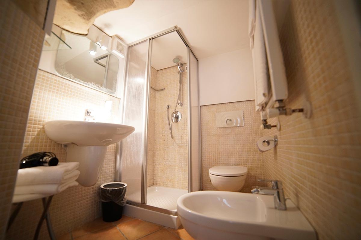 camera-2-4-sassolino-dimora-storica-bed-and-breakfast-sassi-di-matera